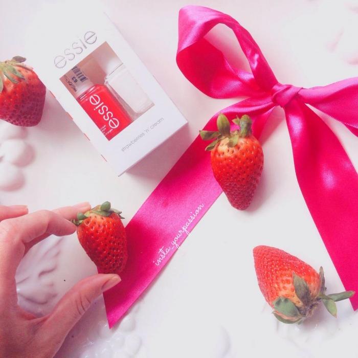 Essie Strawberries n' Cream Set 1